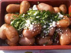 gekookte nieuwe aardappels