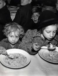 het geheugen van nederland: eten in de tweede wereld oorlog