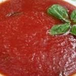 gezeefde tomatenpuree