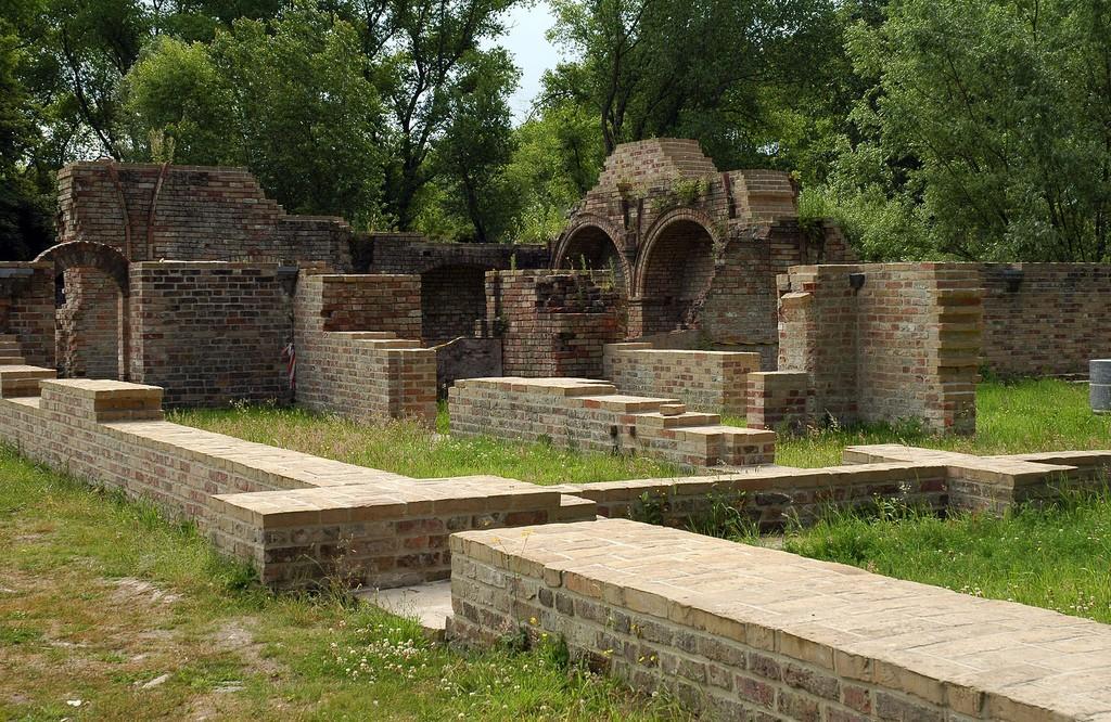 de resten van de duinenabdij in Koksijde