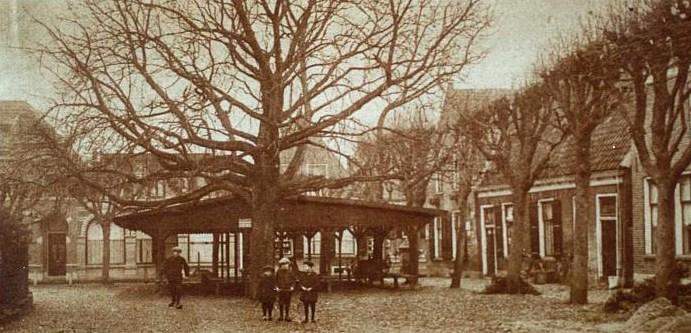 19280217_HKO-1077-29-Kerkplein-Botereneiermarktb-1645l