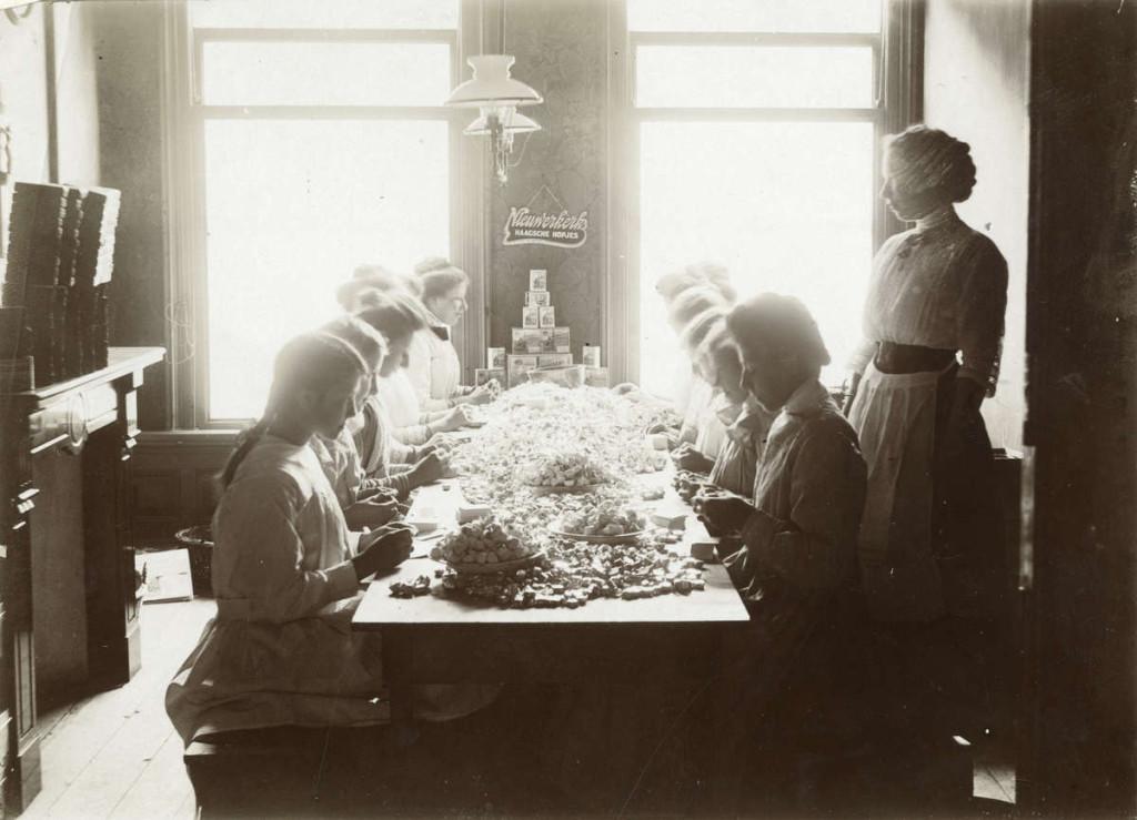 hopjes gemaakt rond 1900