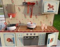 oud keukentje van blik