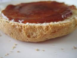 rozenbotteljam op brood