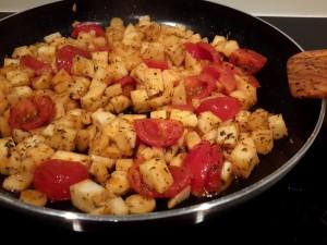 wortelpeterselie-knolsederij en tomaat smoren met wat tijm en bonenkruid