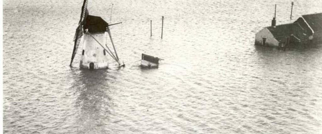 Serooskerke_op_Schouwen-Duiveland_tijdens_de_Watersnoodramp_van_1953